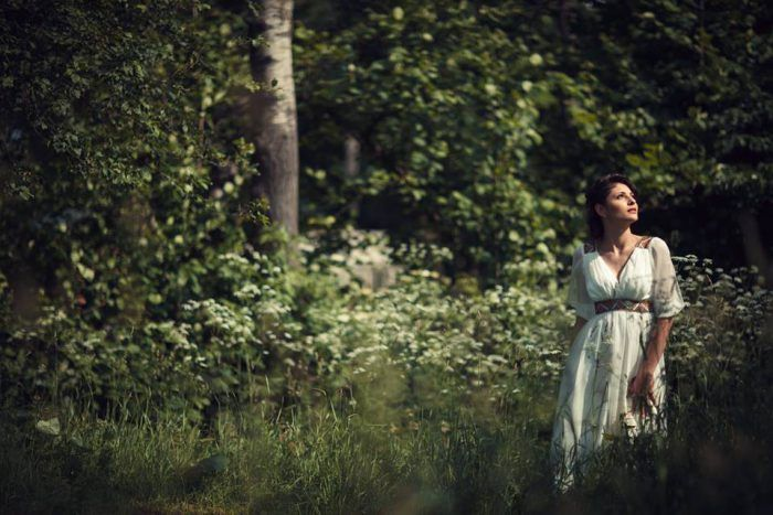 Весільні сукні Ірини Цісецької елегатно прості і вишукані. 338303f6fc0fb