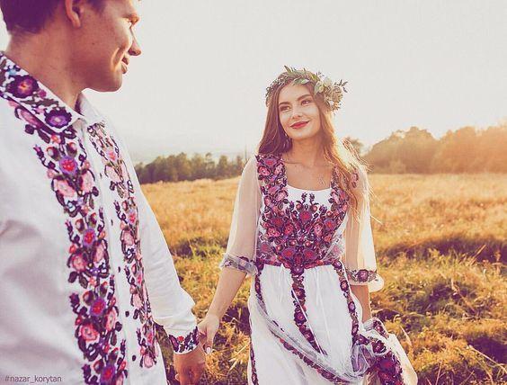 Це дозволить тобі створити ексклюзивну весільну сукню в українському стилі 9ea2995307144