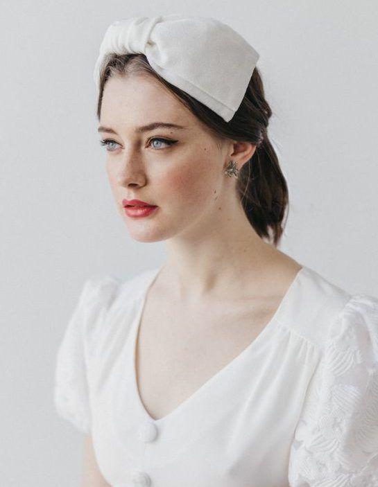 Модные свадебные прически 2020 года