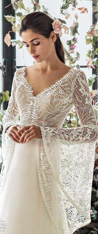 Элегантные, современные, романтические свадебные платья с изысканными кружевными лифами и и расклешенными рукавами. Metropolitan Collection 2020 Wedding Dresses