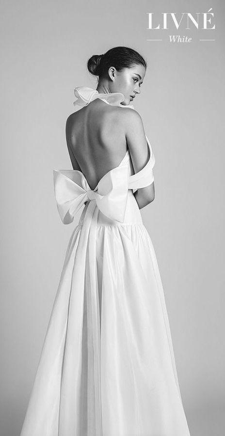 Свадебные прямые платья с открытой спиной и большим бантом сзади от израильского дизайнера Алона Ливне. Wedding Dresses by Alon Livne 2020 Bridal Collection