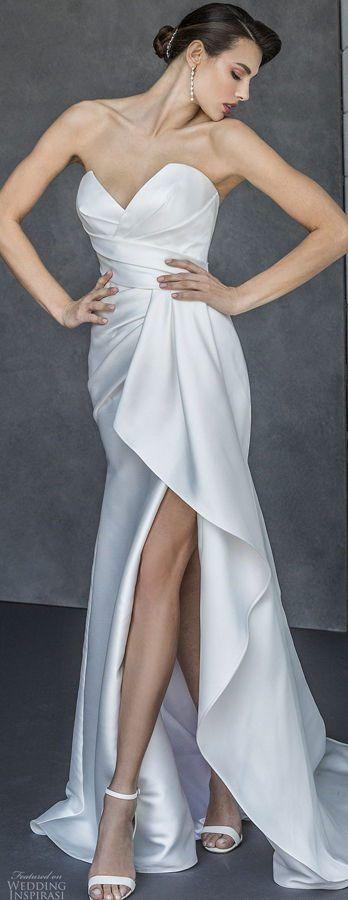 Атласное свадебное платье в стиле Голливуда с открытым верхом и высоким разрезом. Свадебная коллекция Valentini Spose Весна 2020