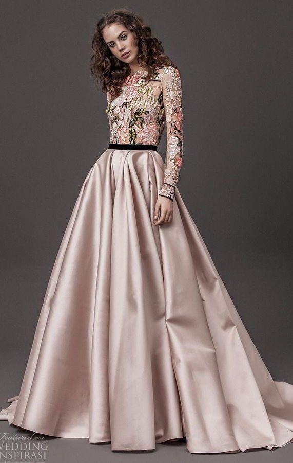 Пышное, цветное свадебное платье с длинным рукавом. Daalarna Couture Wedding Dresses Spring 2020