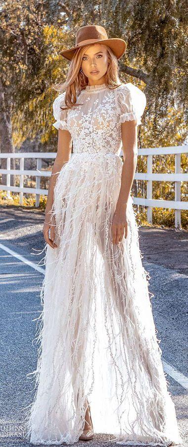Свадебное платье из страусиных перьев, с асимметричным разрезом и короткими рукавами-фонариками. Crystal Design Couture 2020 Wedding Dresses