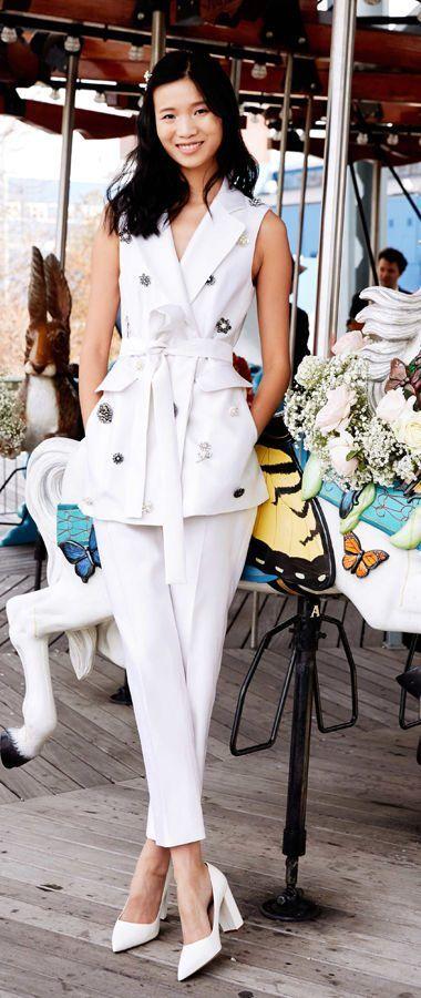Свадебные костюмы. Свадебная коллекция Lela Rose весна-лето 2020